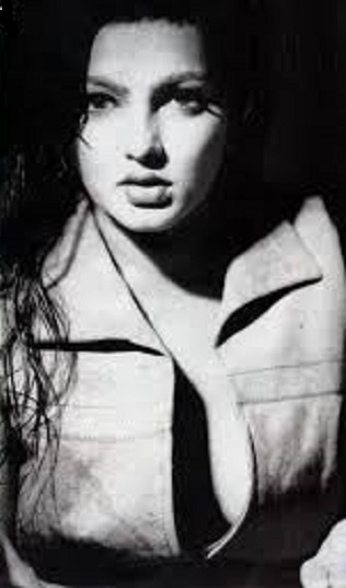 File:Mamta Kulkarni hot3.jpg